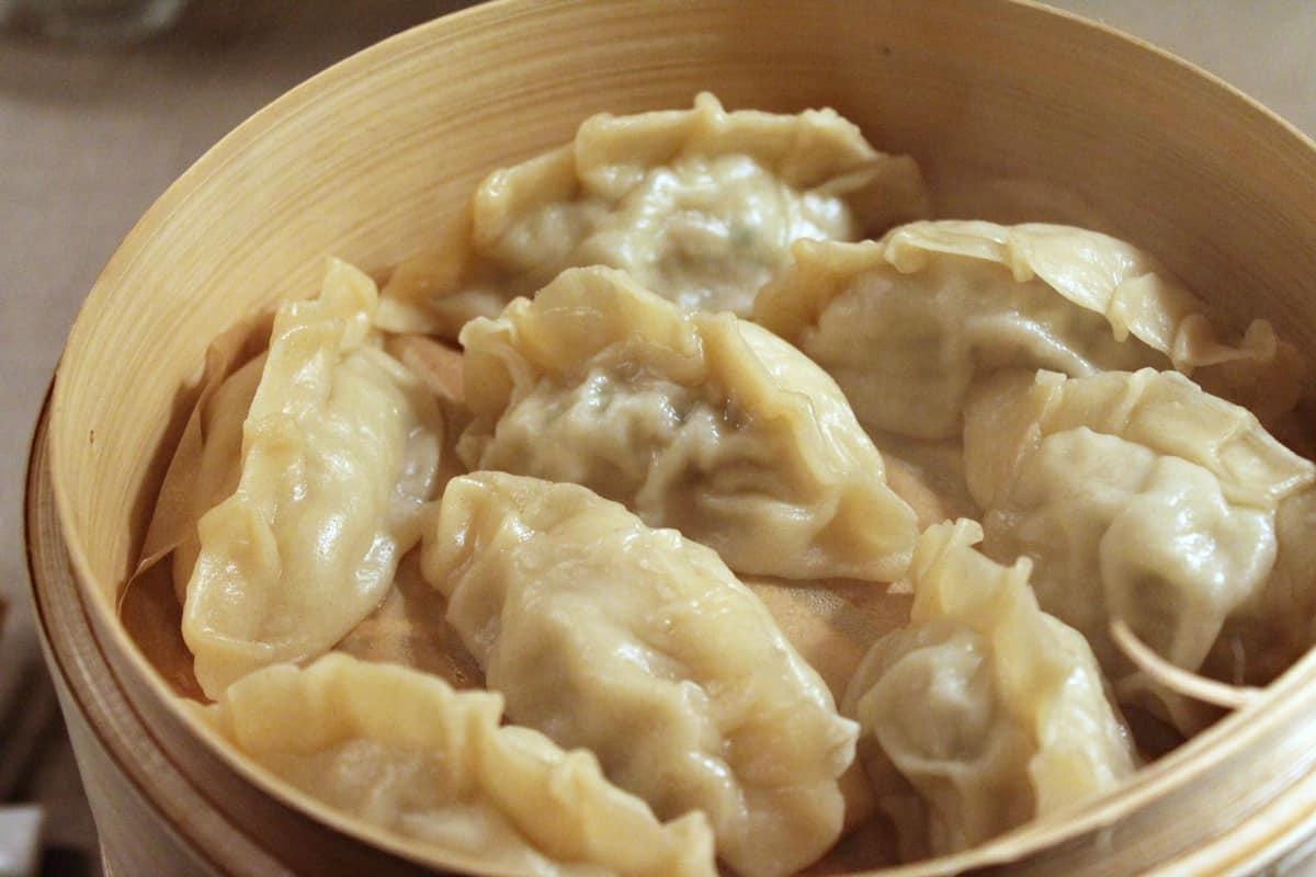 jiaozi - boiled dumpling - Chinese street food